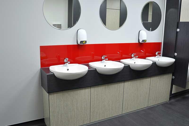 Men's Toilet Room