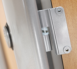 Safety hinge Cotswold