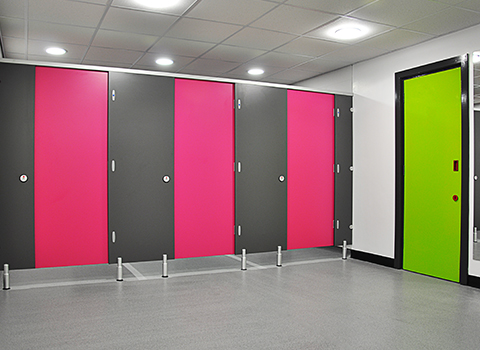 Shower cubicles for gym members